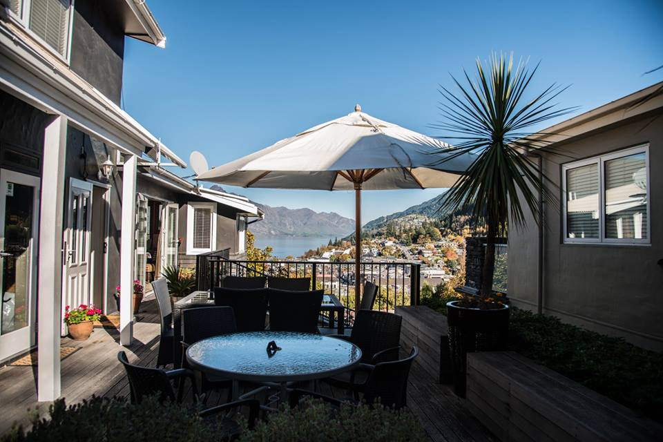 Queenstown House Boutique Bed and Breakfast is seeking a Guest Host